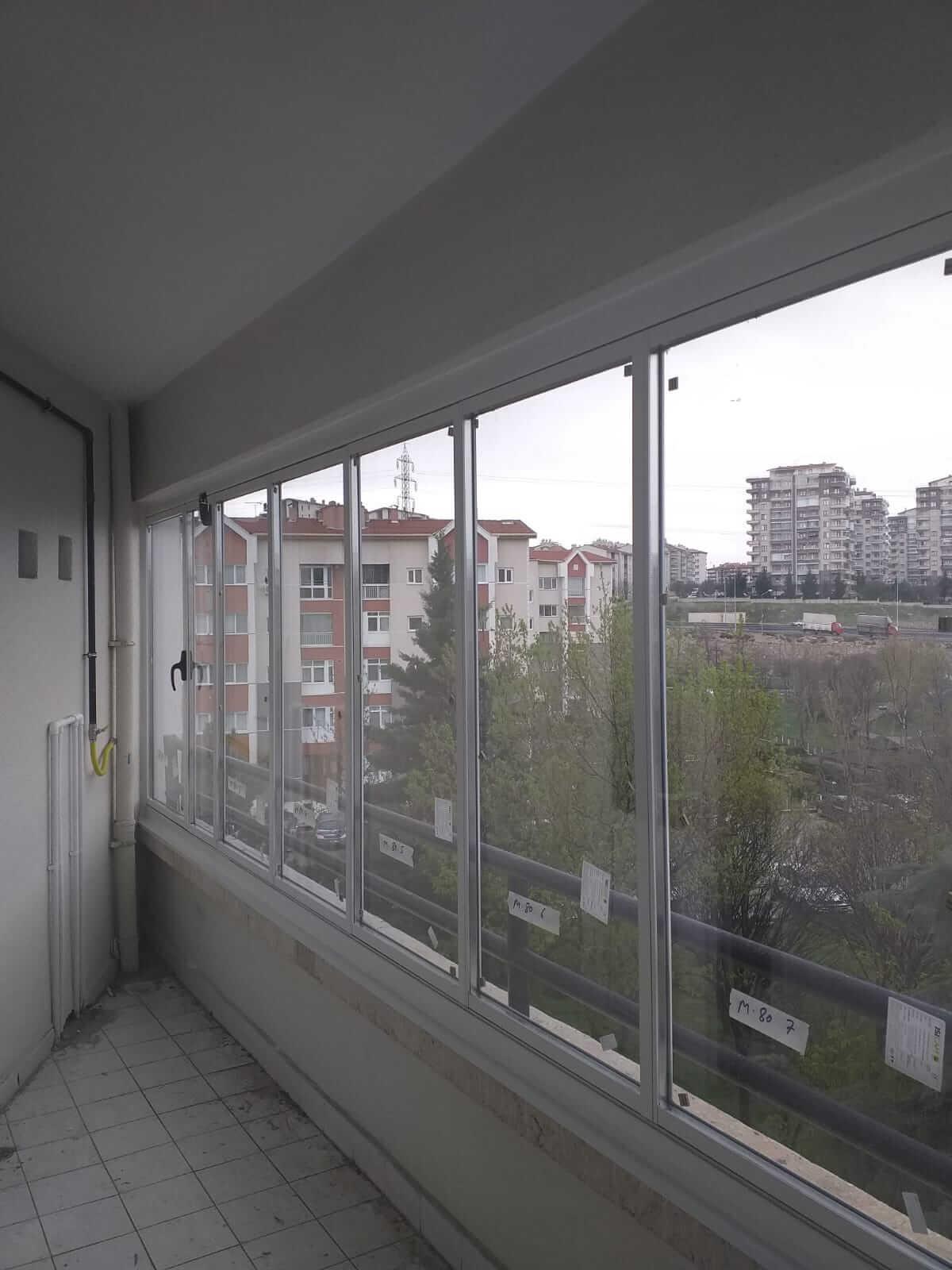 Ankara Pursaklar Isıcamlı Cam Balkon
